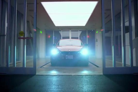 视频:投币买车 美国推出汽车自动贩卖机