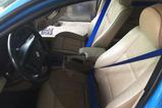 宝马E46升级德国BERGER蓝色安全带