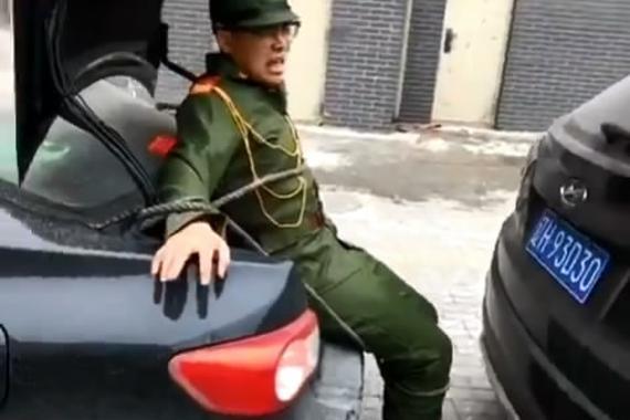 """视频:新款""""日系倒车雷达""""!停车很靠谱"""