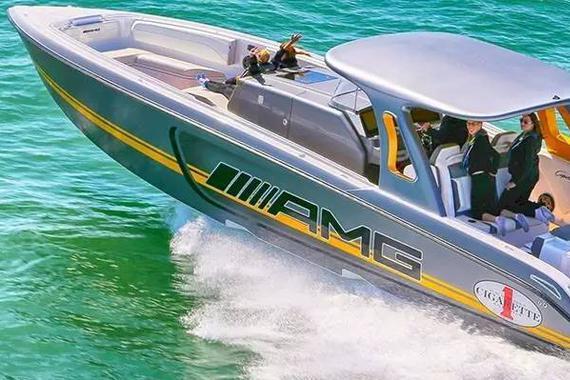 找刺激 AMG可赛车 亦可赛艇