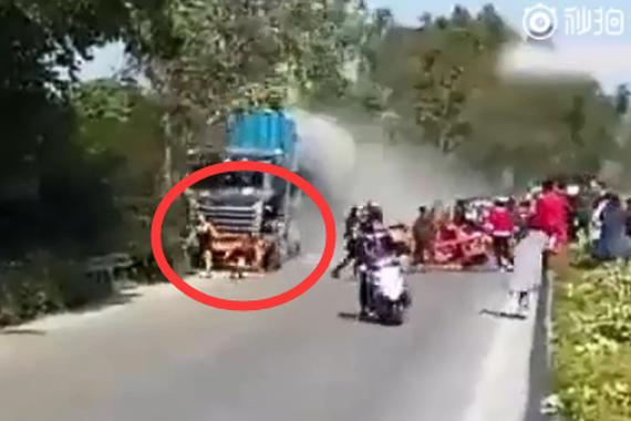 """视频:刹车失灵再次成为事故""""真凶""""!"""