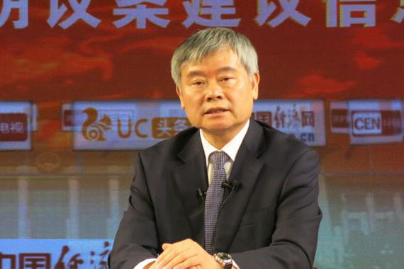 蔡继明代表:降低准入门槛 推动网约车健康发展