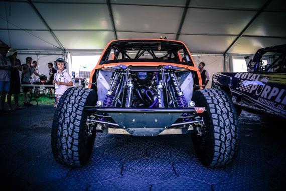 一部能力爆表的<em>SST</em>赛车 是这么制造的!
