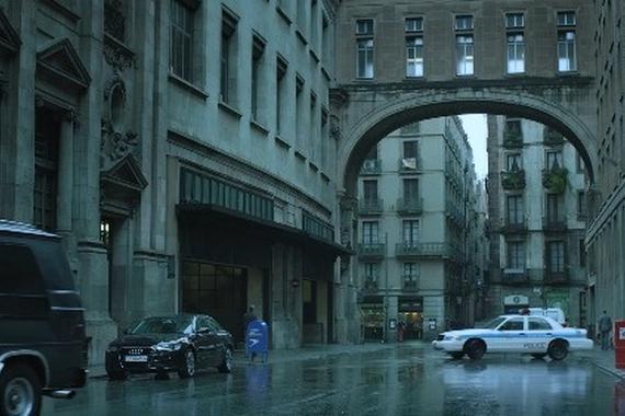 视频:奥迪二手车广告《银行抢劫篇》