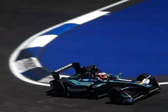 获奖含金量很高 捷豹获Formula E最佳战绩