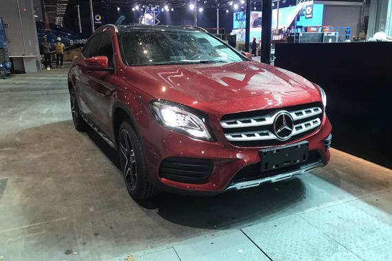 2017上海车展探馆:北京奔驰新款GLA