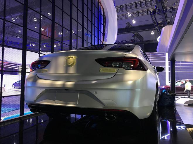 2017上海车展探馆:别克全新一代君威