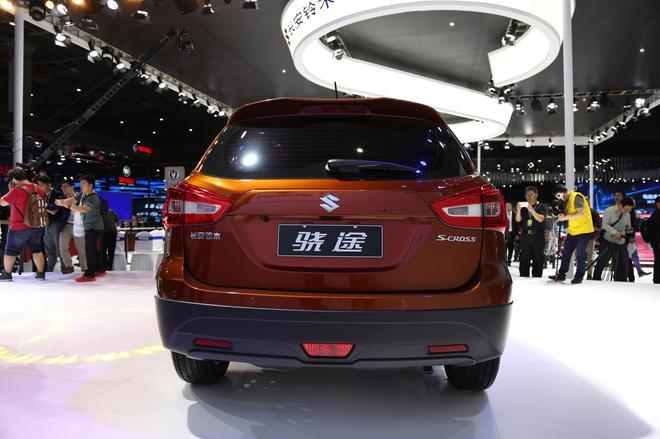 长安铃木小型SUV骁途正式发布
