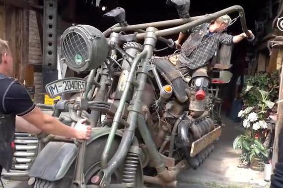 Crazy!1000匹马力摩托车,爆改坦克引擎