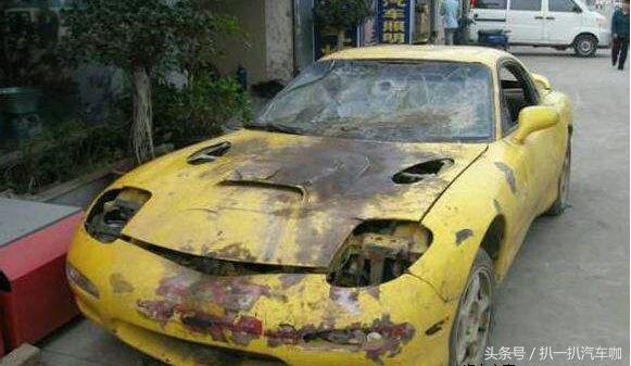 车主花了两千元收报废跑车,改装费七万