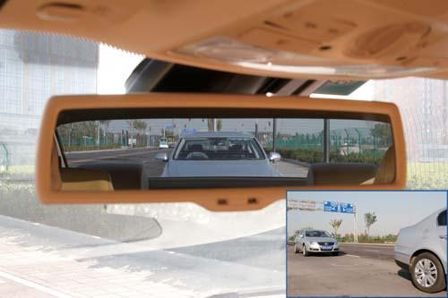 新手开车 如何准确判断前后车的距离