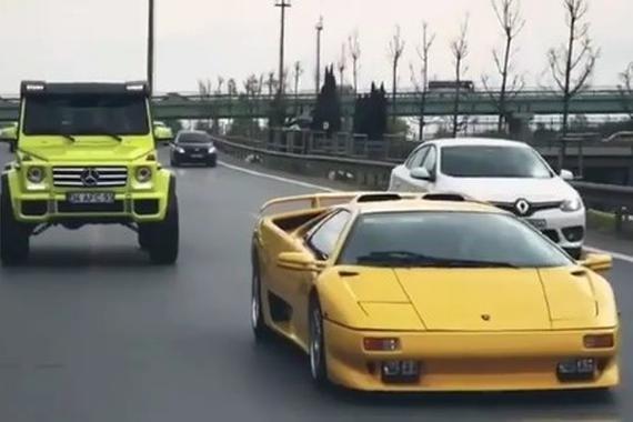 狂炫酷拽!奔驰G500 4X4²