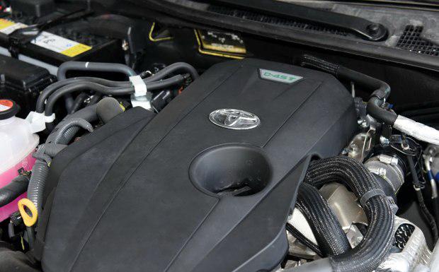 目前搭载在皇冠车型上的2.0T发动机