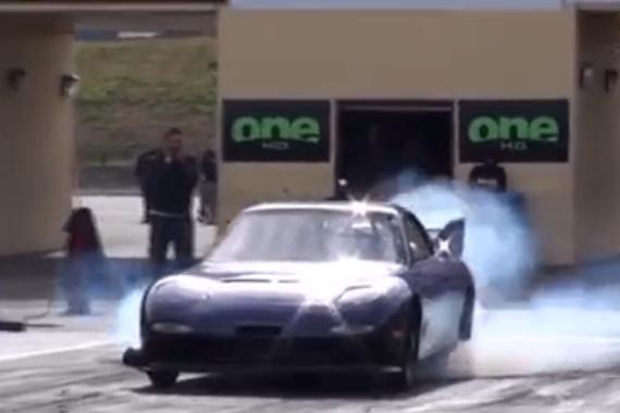 视频:动态加速对比 宝马M3 vs 奥迪RS 4