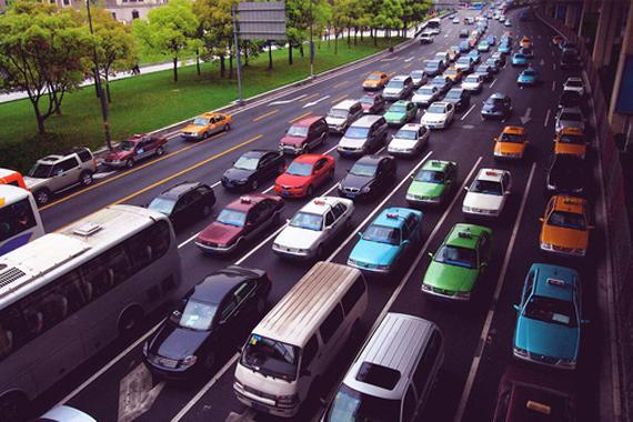 半年销售1335.4万辆 乘用车产销下降明显