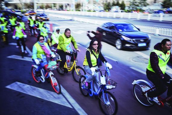 悲催了!1.3万深圳人被禁骑共享单车
