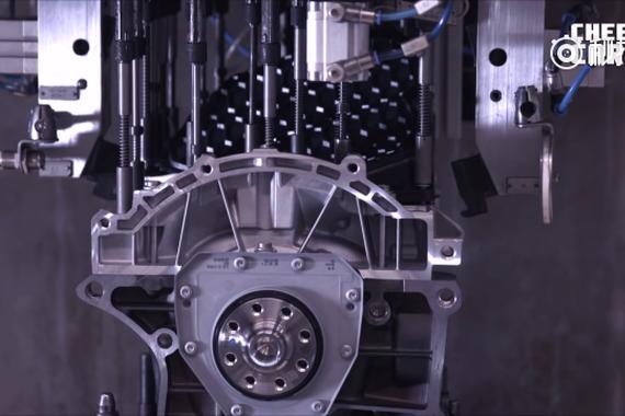 智能制造,奥迪TT RS的组装