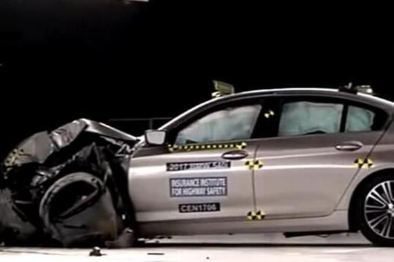 宝马5系和沃尔沃S90碰撞测试
