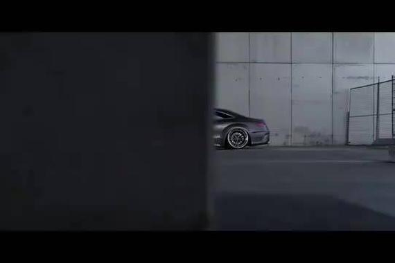 视频:梅赛德斯奔驰 S63 Coupe改装案例