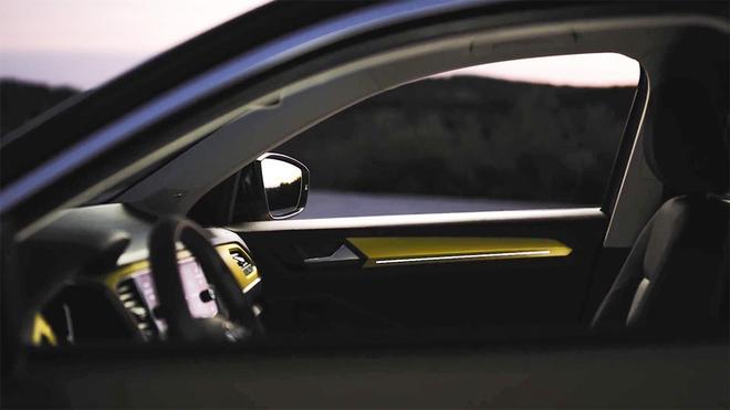 大众首款小型SUV T-ROC将于8月23日发布