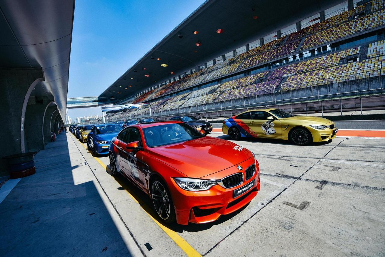 暴力游戏 BMW M赛道体验与嘉年华