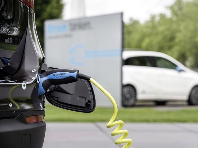 奔驰将推新氢燃料电池车 法兰克福发布