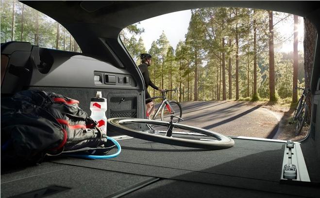 捷豹XF旅行版预计50万起售 有望10月上市