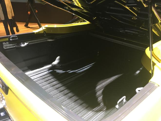 2017法兰克福车展 奔驰X-Class亮相