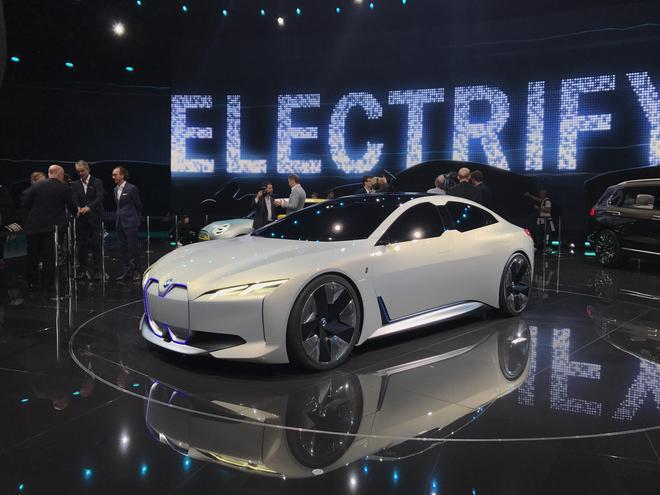 宝马i Vision Dynamics概念车正式发布