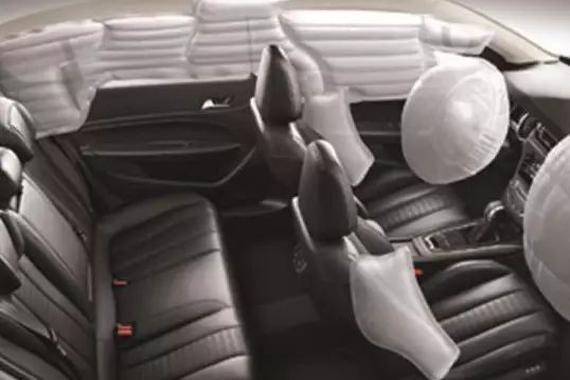 坐在哪个位置更<em>安全</em>?车内乘坐位置的<em>安全</em>性分析