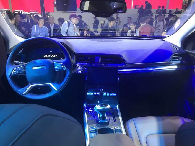 长城哈弗全新SUV H4正式亮相 搭载1.3T+1.5T