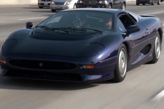 视频:【黄金90年代】90年代10大超跑盘点Supercars,款款经典,你最喜欢哪一台?