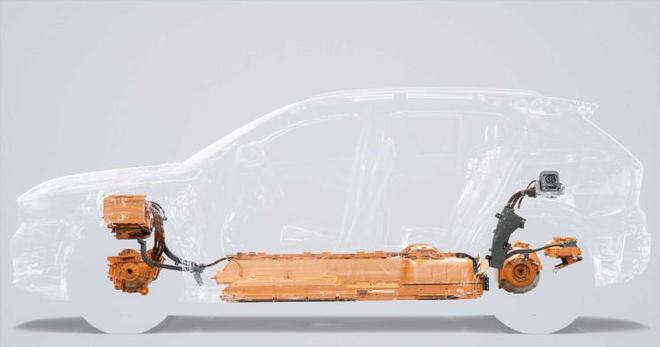 10月16日正式发布 曝纯电动XC40预告图