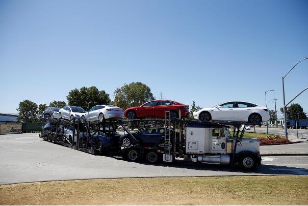 特斯拉正式推出Model 3租赁服务