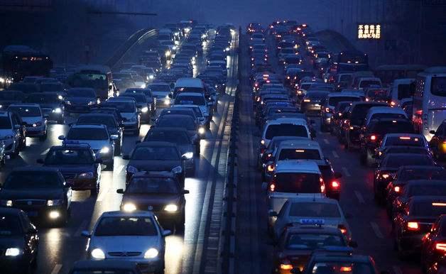 专家:限购并非汽车销量下降的主要原因