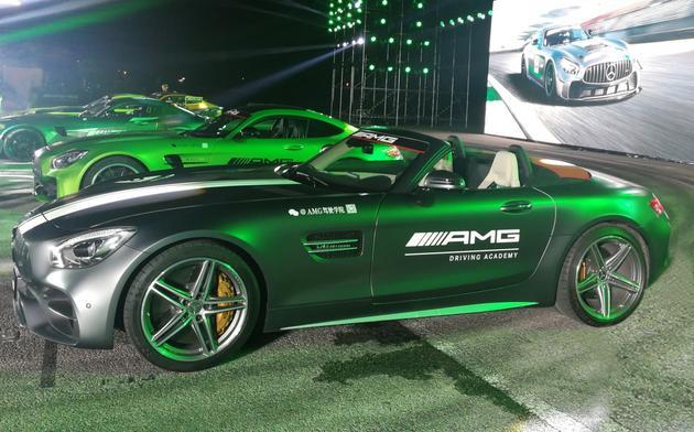 AMG GT C Roadster国内首发 采用软顶敞篷结构