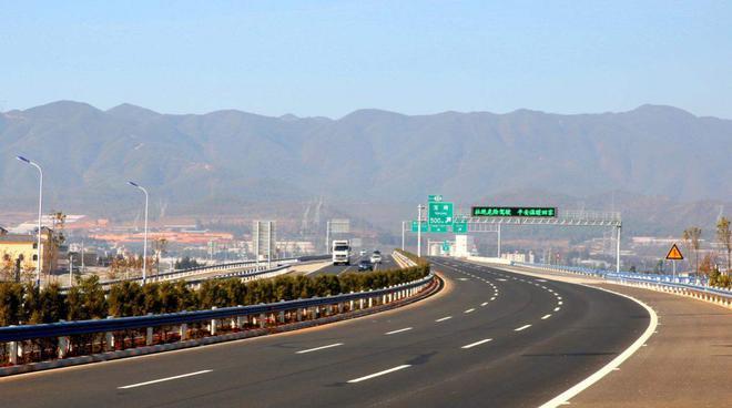 北京拟取消高速费起步价 实现精确计费