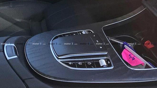 新款E级Coupe最新谍照曝光 采用最新家族设计语言
