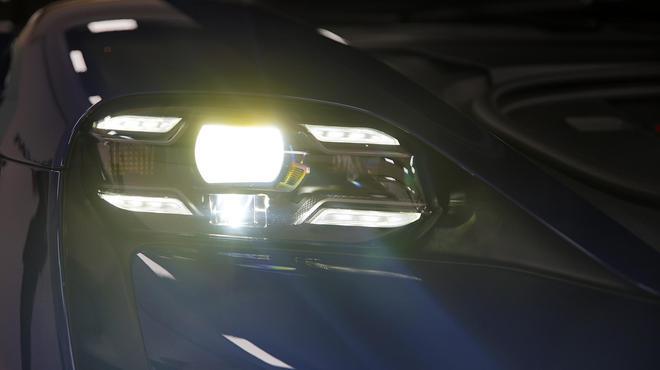 主笔评车 谈保时捷Taycan的全球首发