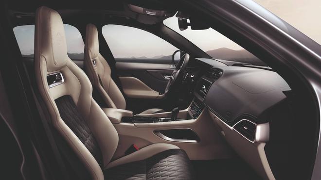 2018纽约车展:捷豹F-PACE SVR全球首发
