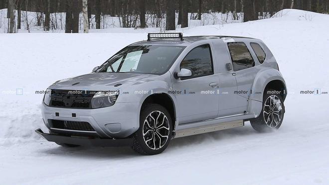 从赛车到民用版 曝Dacia Duster EV谍照