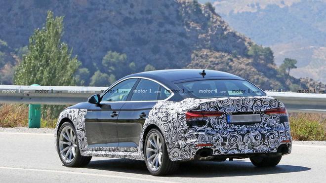 奥迪新款RS5 Sportback谍照曝光 或推混动版车型