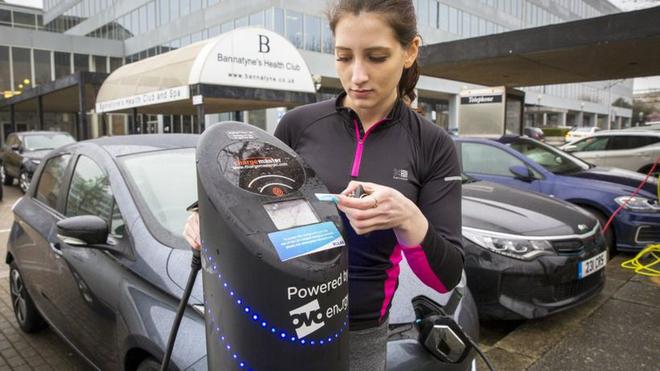 英国禁售燃油车计划将再次提前至2032年 混动车包括在内