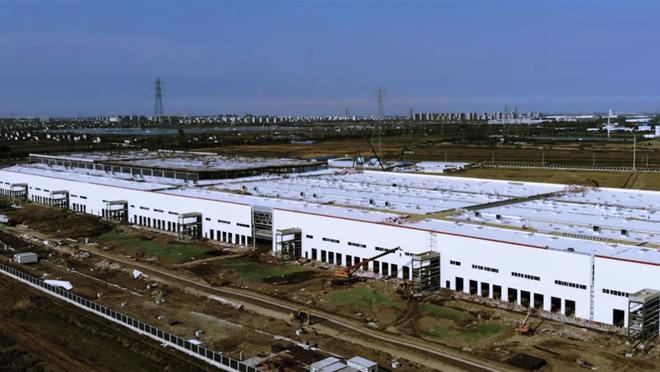 车圈儿大事件|特斯拉上海工厂厂房建设完工 已在安装生产设备