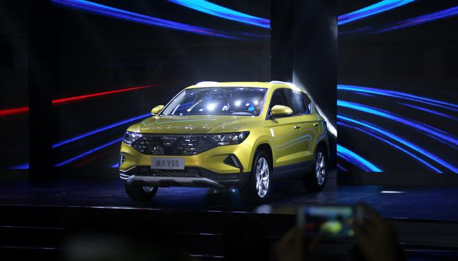 捷达品牌首款车型VS5在一汽-大众成都分公司正式下线