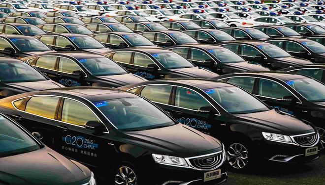 车市销量降幅创近8年之最 业内:已开始重新洗牌