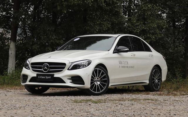新款奔驰C200L正式上市 售30.78-31.58万元
