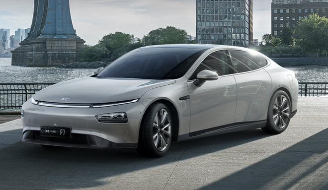 黑莓宣布进军汽车领域 为小鹏P7提供QNX操作系统