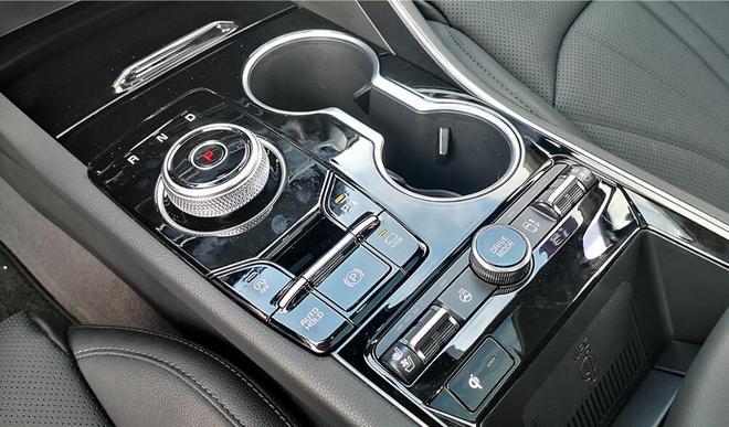 起亚全新一代K5将于4月发布 第二季度上市