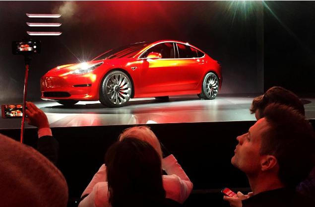特斯拉推出基础版Model 3 售价3.5万美元